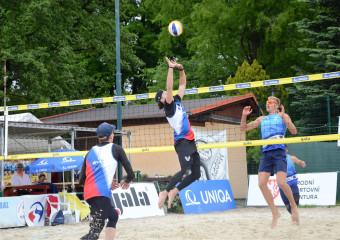 Naši hráči SKV se parádně ukázali na písku v Opavě…